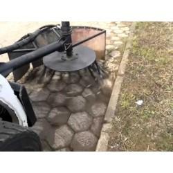 Capinadeira para minicarregadeira